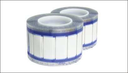 RSFR—商用無鹵標識管    專為高鐵、地鐵和城軌動車組的線纜標識特殊要求設計,采用高能電子束轟擊交聯的環保聚烯烴熱縮材料制成。產品印字的耐擦、耐磨性能優異,在熱縮前后即使遇到清洗劑或軍用燃油的侵蝕,色碼牢固性仍然符合美國軍標SAE-AS81531和 MIL-STD-202F/215J的要求,保持永久性標識效果,主要應用在動車組、航空航天、坦克和水下潛艇。