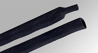 RSWG—熱縮編織管  熱縮編織管采用PET和聚烯烴細絲編織而成,加熱收縮,獨特的編織結構使得產品非常柔軟,即使在軟管和異形件上也易于安裝。耐磨性能優異具有降低噪音的功能。