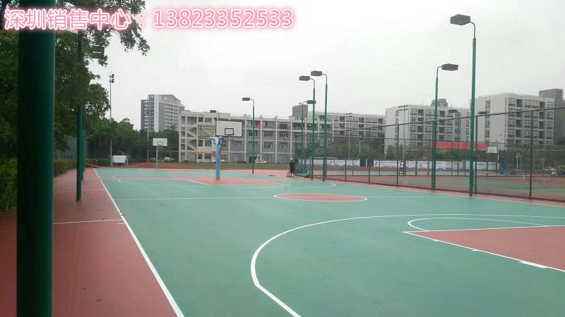 某音乐学院室外篮球场