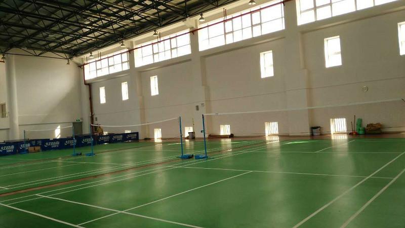 深圳某军需供应站体育馆