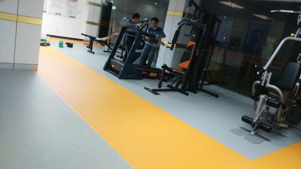 大鹏社区健身房