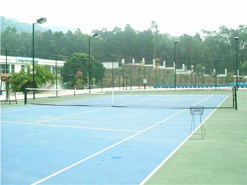 某体育中心网球场